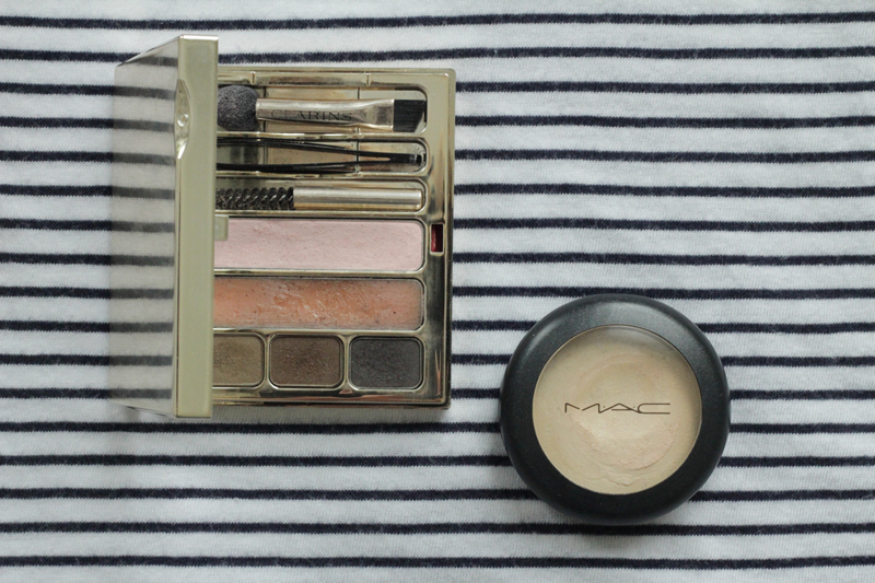 Eyebrow Set und Mac Pearl